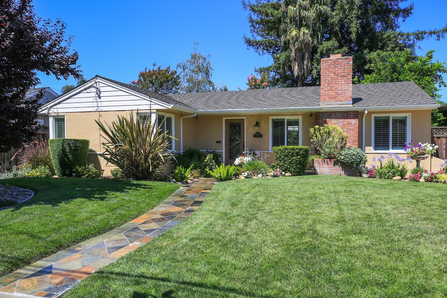 Additional photo for property listing at 1653 Collingwood Avenue  San Jose, California 95125 United States