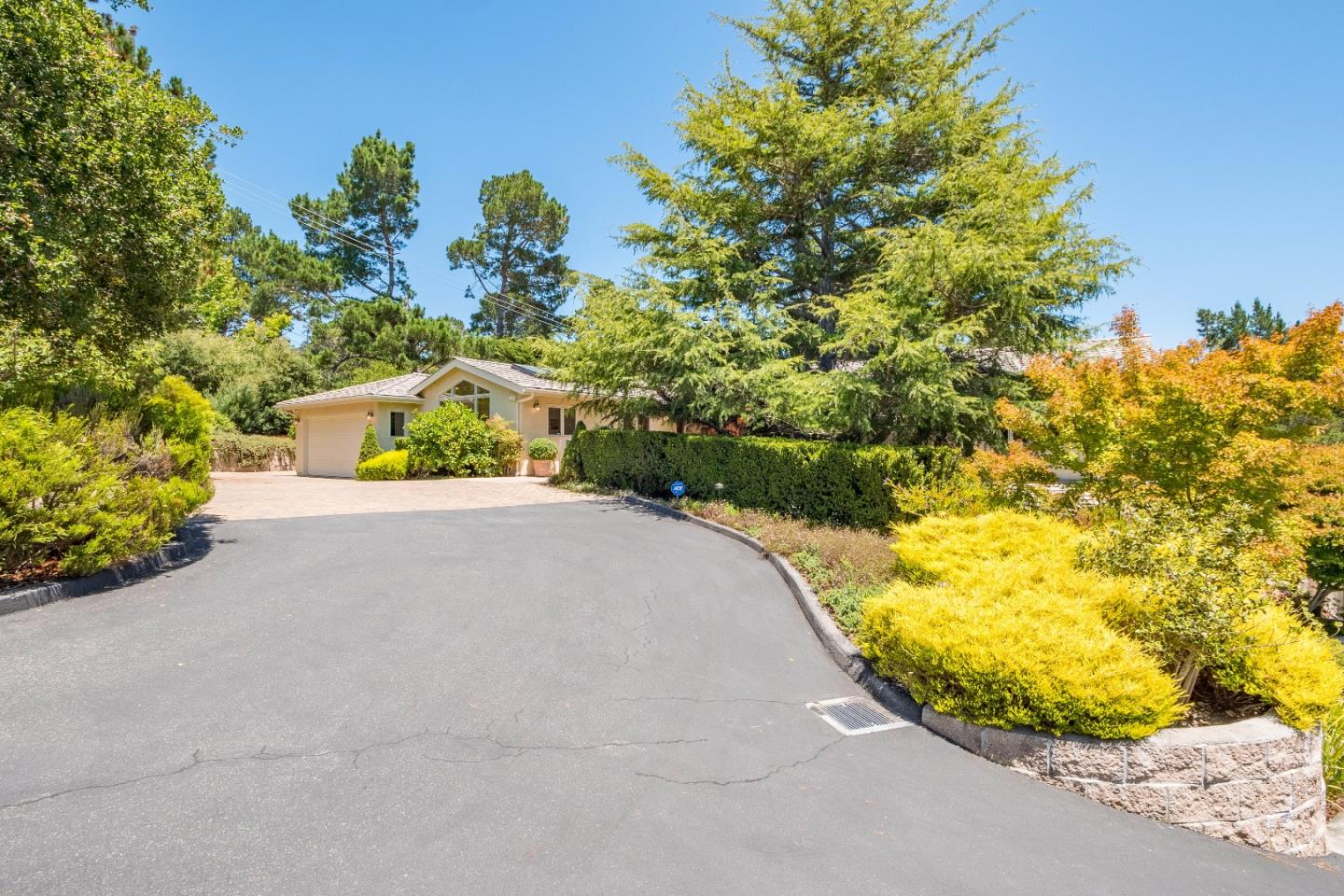 Additional photo for property listing at 25315 Arriba Del Mundo Drive  Carmel, カリフォルニア 93923 アメリカ合衆国