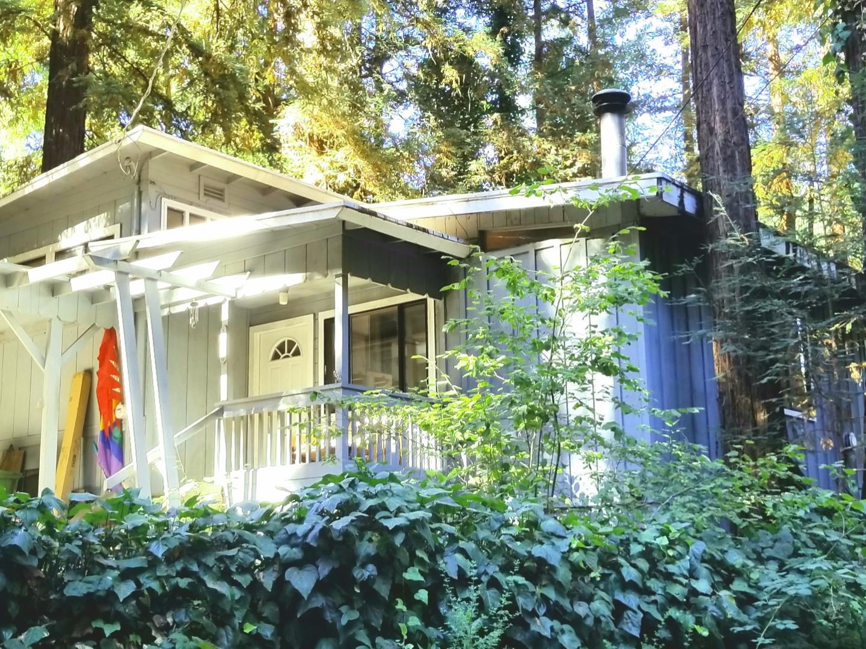Частный односемейный дом для того Продажа на 1615 Jackson Avenue Ben Lomond, Калифорния 95005 Соединенные Штаты