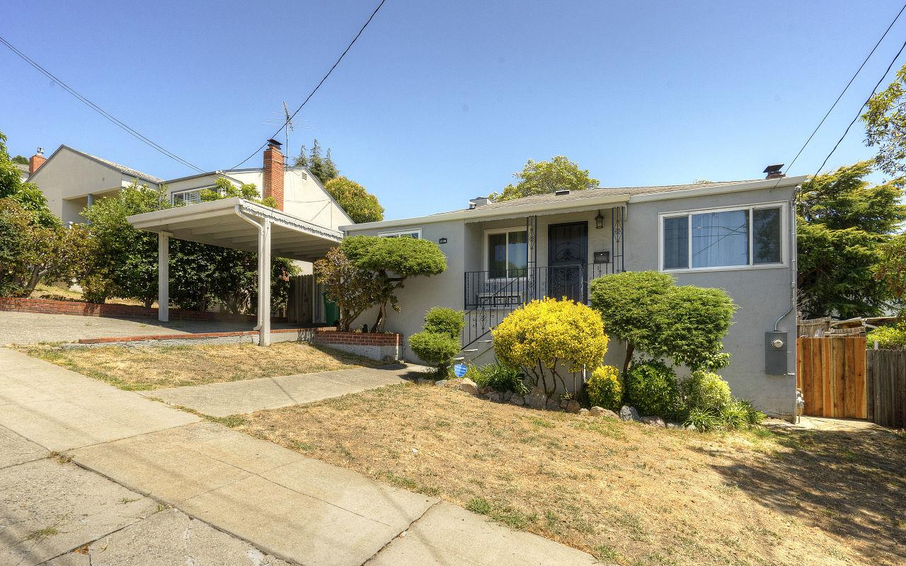 Additional photo for property listing at 2120 Strang Avenue  San Leandro, California 94578 United States
