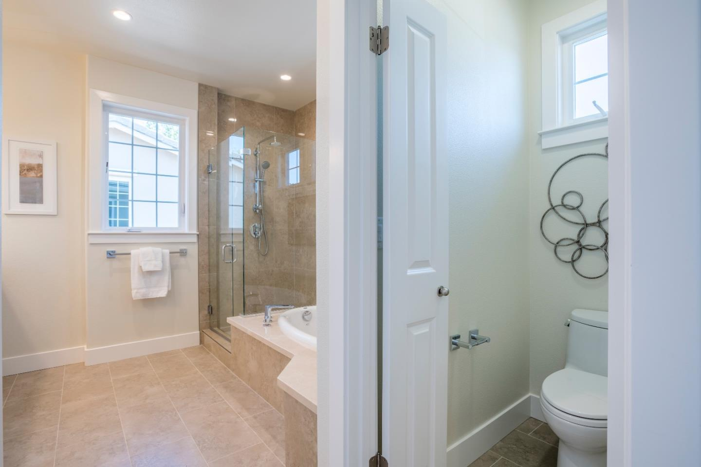 Additional photo for property listing at 1084 Ed Roth Terrace  Sunnyvale, Kalifornien 94086 Vereinigte Staaten