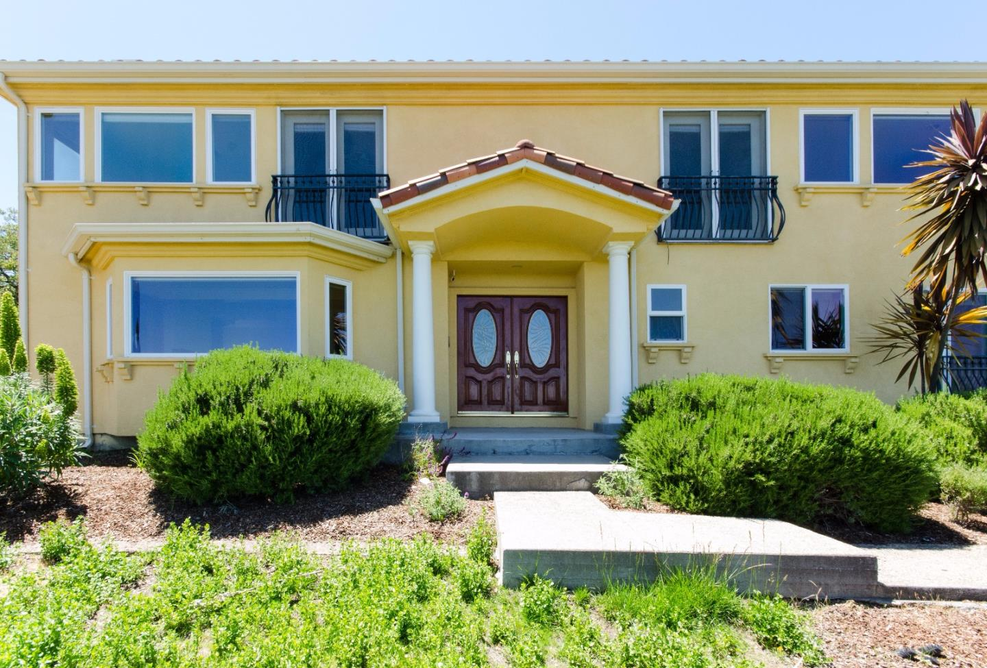 Single Family Home for Rent at 12835 Lucero Lane Los Altos Hills, California 94022 United States
