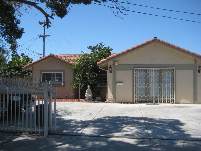 Частный односемейный дом для того Продажа на 1841 Mclaughlin Avenue San Jose, Калифорния 95122 Соединенные Штаты