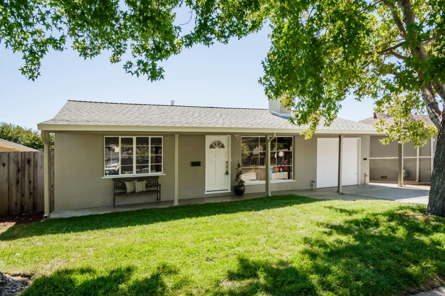 Additional photo for property listing at 3956 Oneill Drive  San Mateo, カリフォルニア 94403 アメリカ合衆国