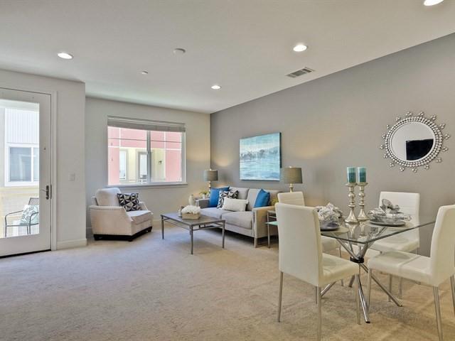 Таунхаус для того Продажа на 1054 Doheny Terrace Sunnyvale, Калифорния 94085 Соединенные Штаты