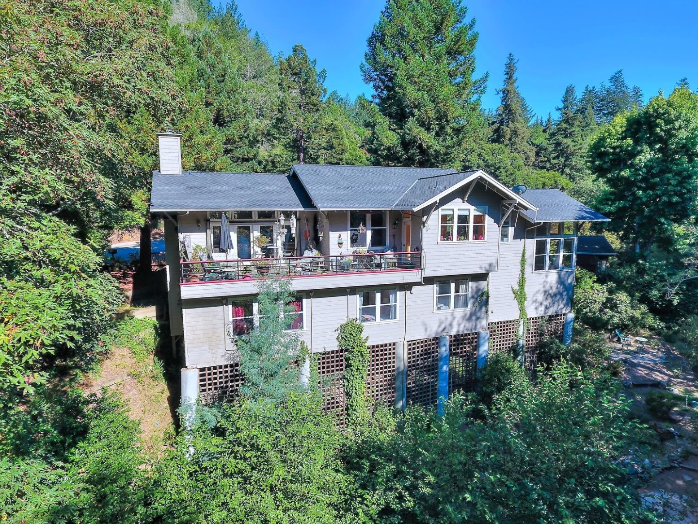 Casa Unifamiliar por un Venta en 202 Carbonera Santa Cruz, California 95060 Estados Unidos