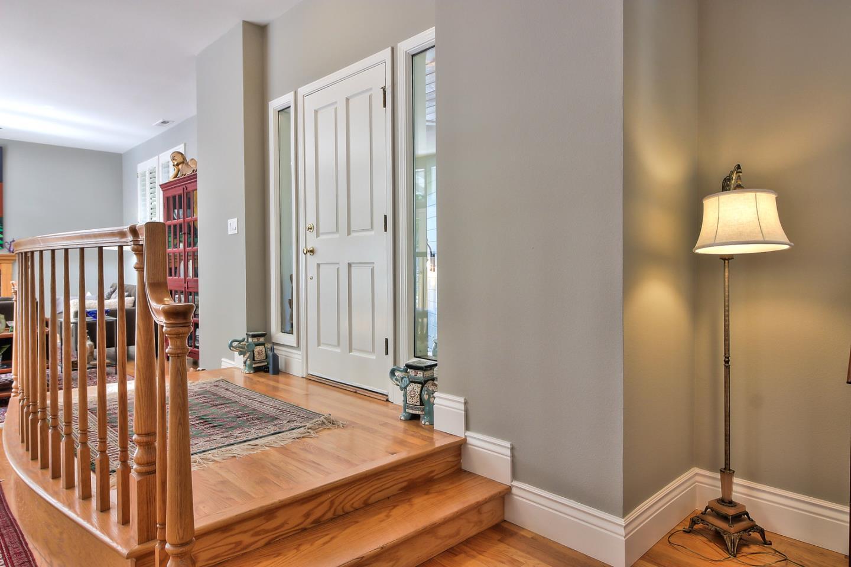 Additional photo for property listing at 202 Carbonera  Santa Cruz, カリフォルニア 95060 アメリカ合衆国