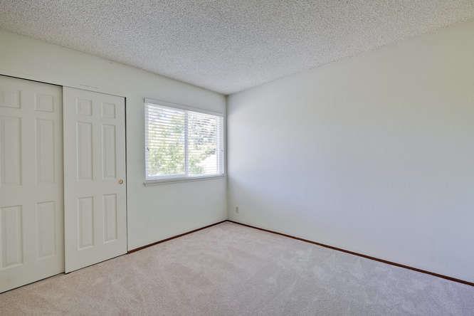 Additional photo for property listing at 1028 Whitebick Drive  San Jose, Californie 95129 États-Unis