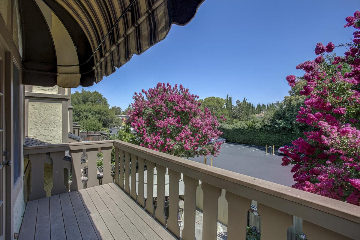 Additional photo for property listing at 1226 Hawkhurst Place  San Jose, Californie 95125 États-Unis