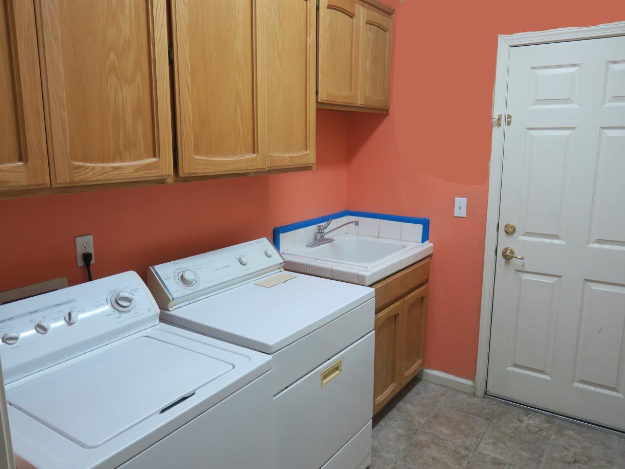 Additional photo for property listing at 2233 Park Crest Drive 2233 Park Crest Drive Los Banos, Kalifornien 93635 Vereinigte Staaten