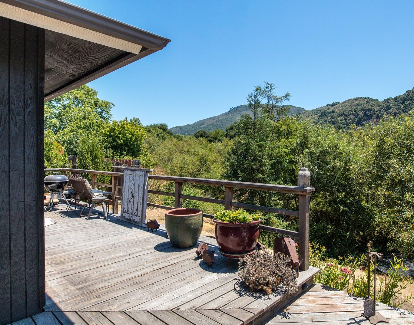 Additional photo for property listing at 27953 Berwick Drive  Carmel Valley, California 93923 United States