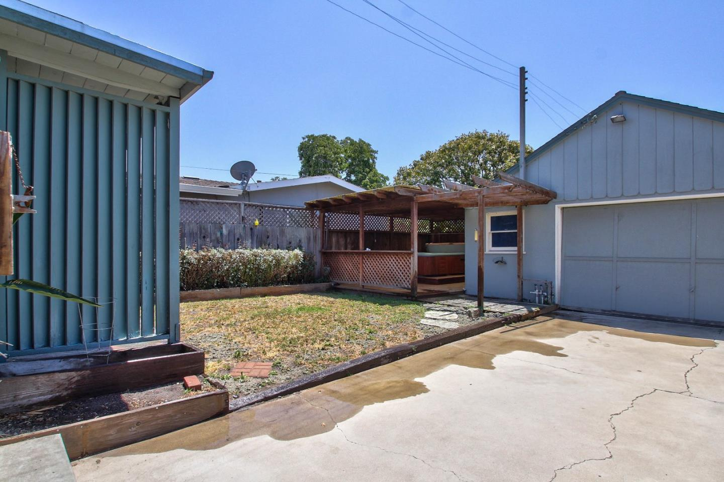 Additional photo for property listing at 246 Katherine Avenue  Salinas, 加利福尼亞州 93901 美國