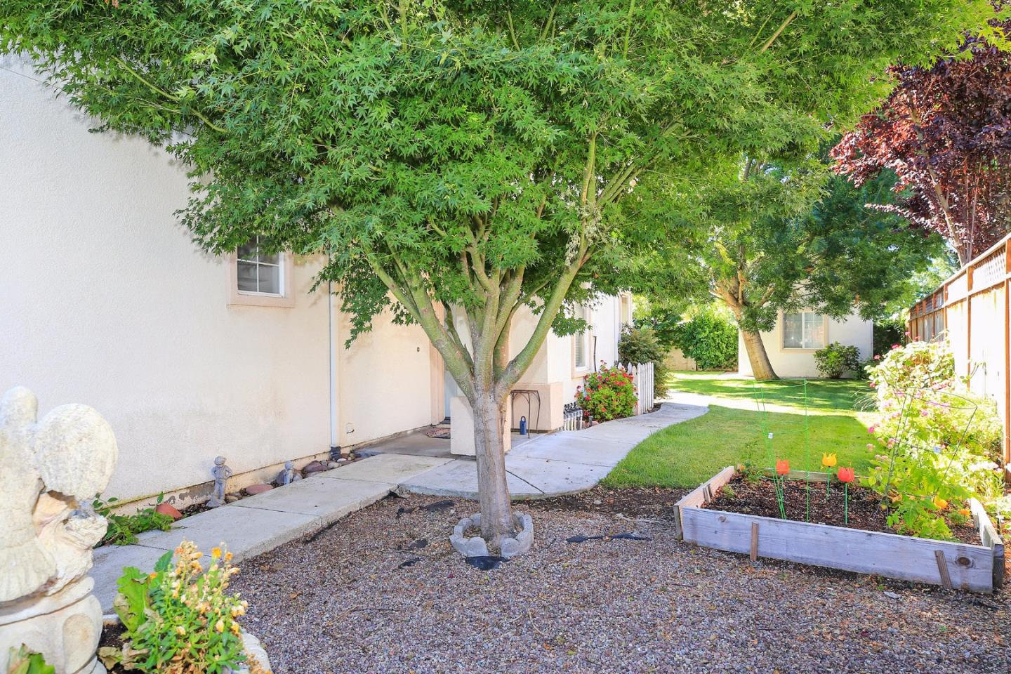 Additional photo for property listing at 1110 Sage Hill Drive  Gilroy, California 95020 Estados Unidos