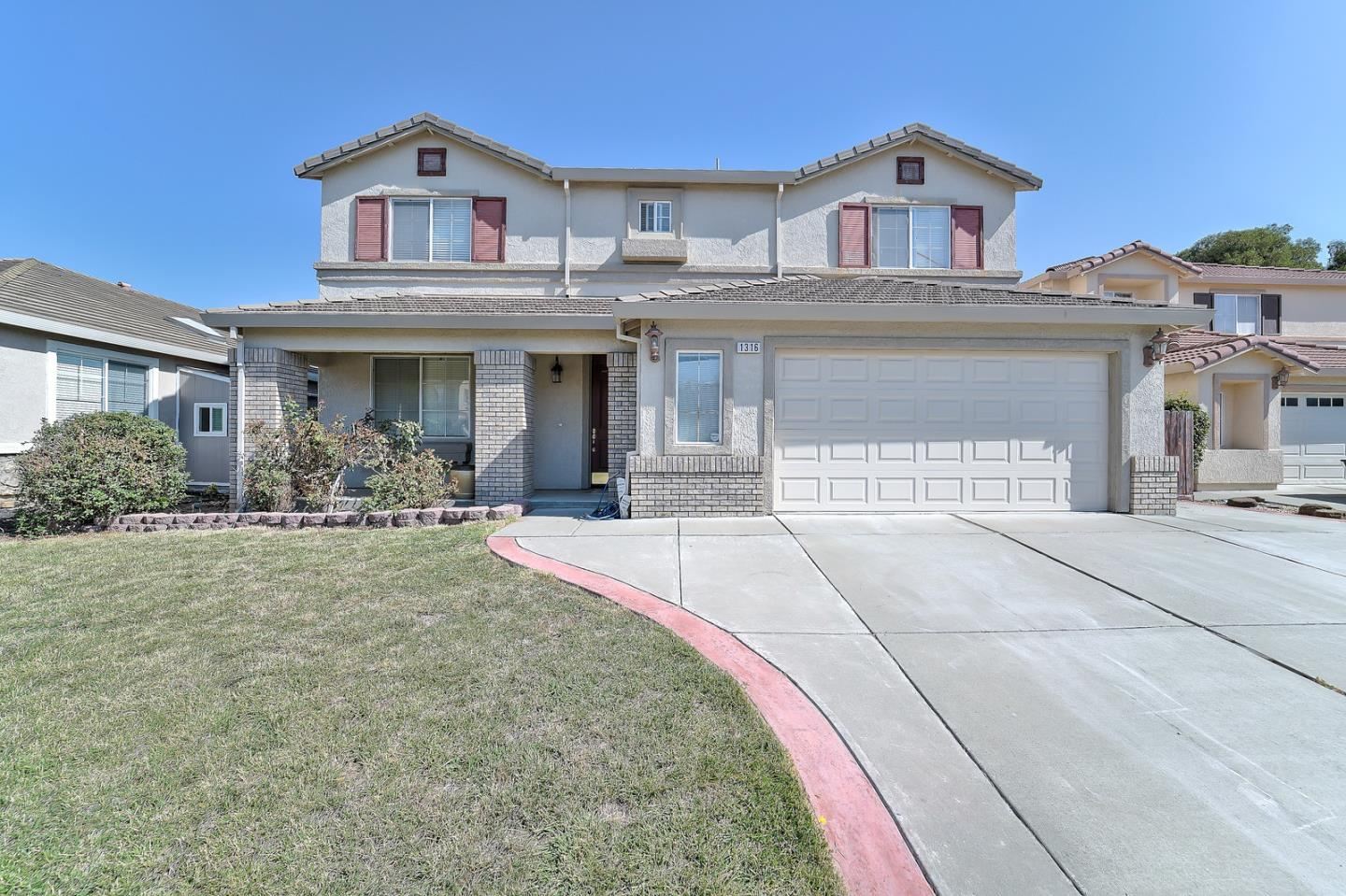 واحد منزل الأسرة للـ Sale في 1316 Reeves Court Suisun City, California 94585 United States