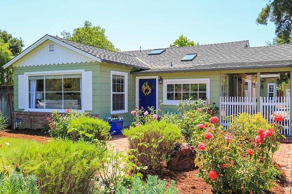 Additional photo for property listing at 492 San Luis Avenue  Los Altos, Калифорния 94024 Соединенные Штаты