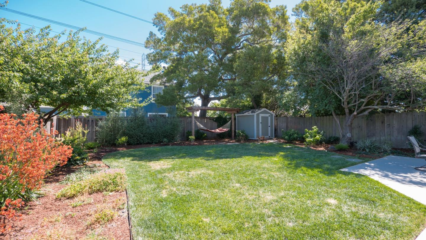Additional photo for property listing at 102 N Rochester Street  San Mateo, California 94401 United States