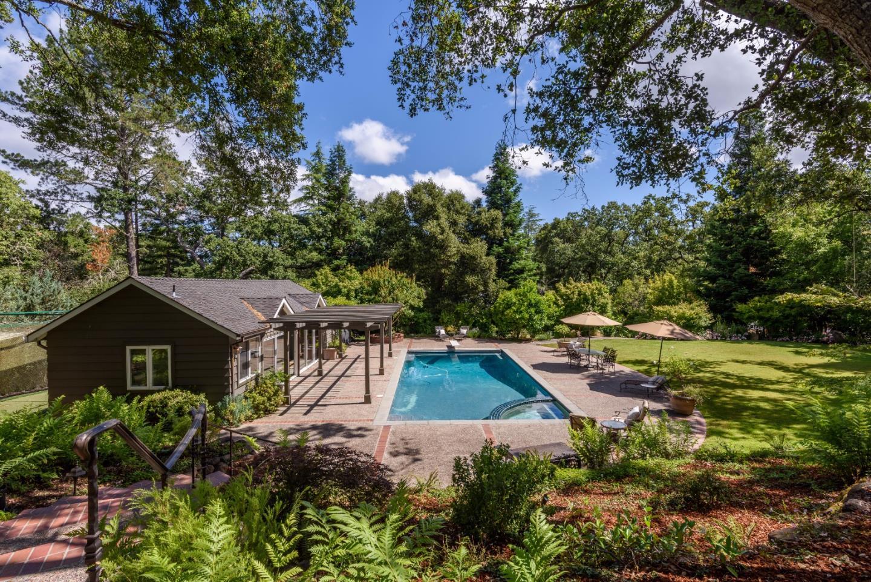 Casa Unifamiliar por un Venta en 1360 Westridge Portola Valley, California 94028 Estados Unidos