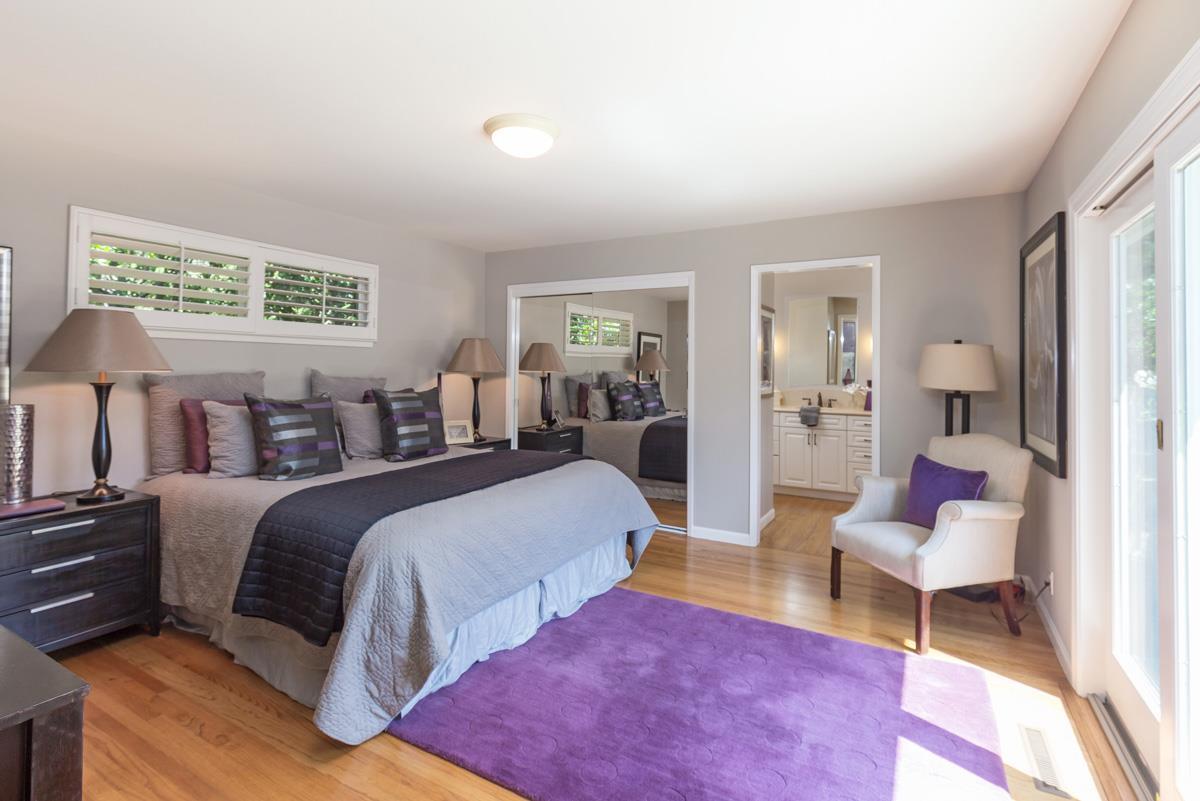 Additional photo for property listing at 1233 Eureka Avenue  Los Altos, Калифорния 94024 Соединенные Штаты
