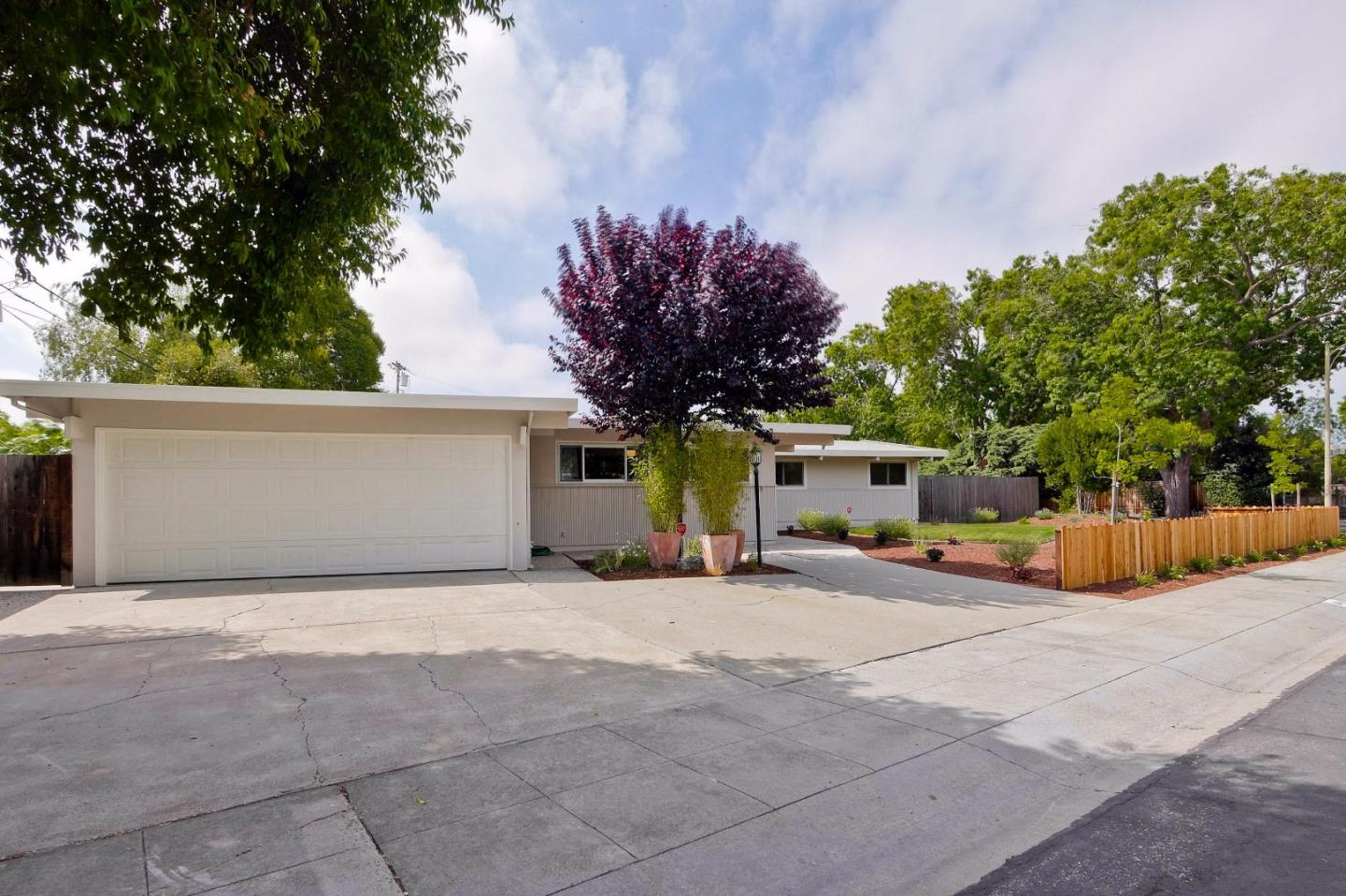 Additional photo for property listing at 804 Gailen Avenue  Palo Alto, Калифорния 94303 Соединенные Штаты
