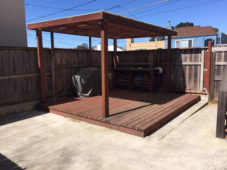 Additional photo for property listing at 202 E Market Street  Daly City, 加利福尼亞州 94014 美國