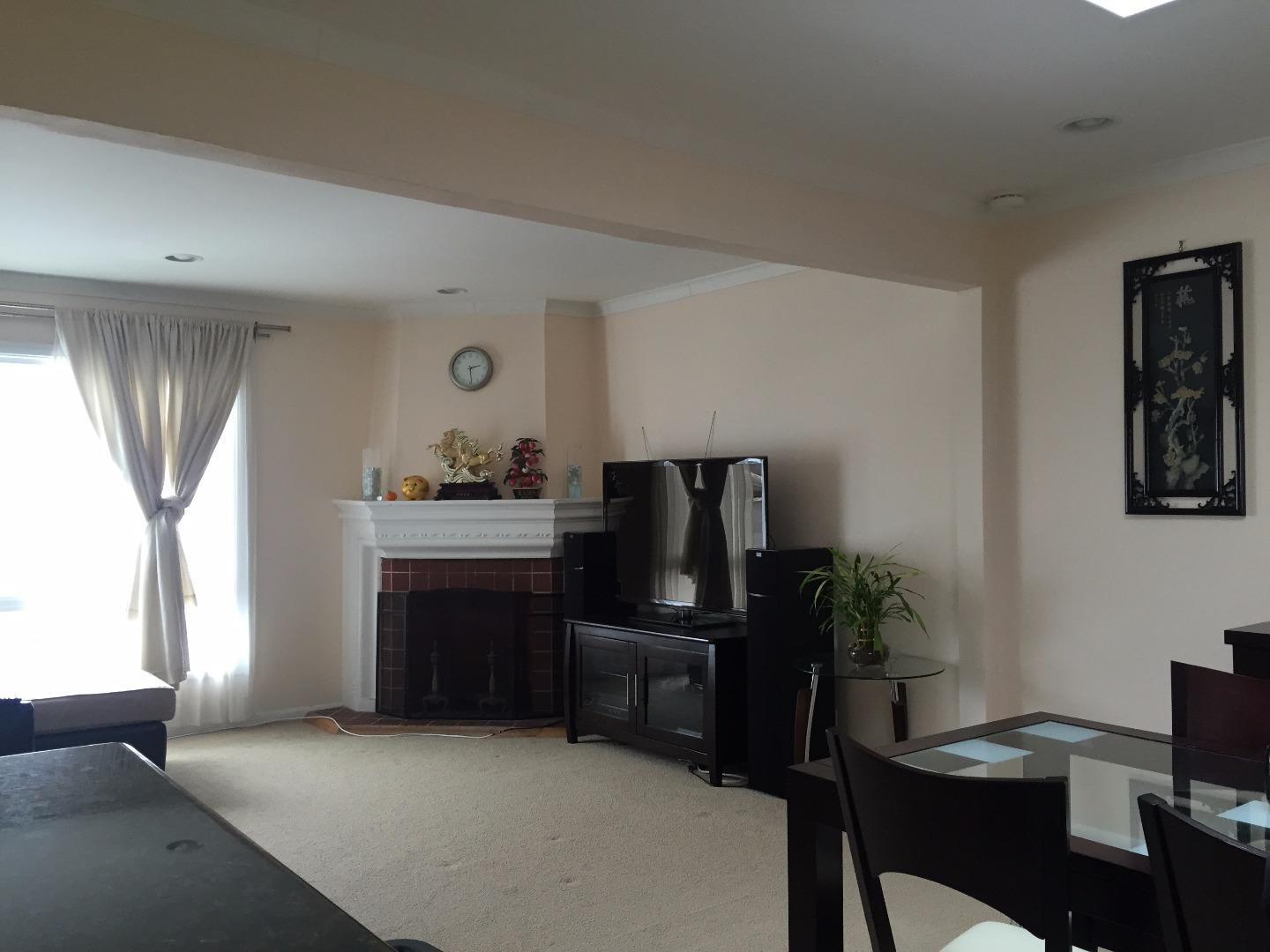 Additional photo for property listing at 202 E Market Street  Daly City, California 94014 United States