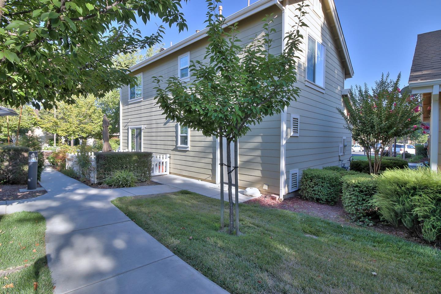 Additional photo for property listing at 7711 Isabella Way  Gilroy, 加利福尼亞州 95020 美國