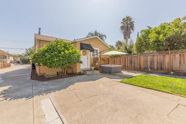 Additional photo for property listing at 315 N 20th Street  San Jose, Californie 95112 États-Unis
