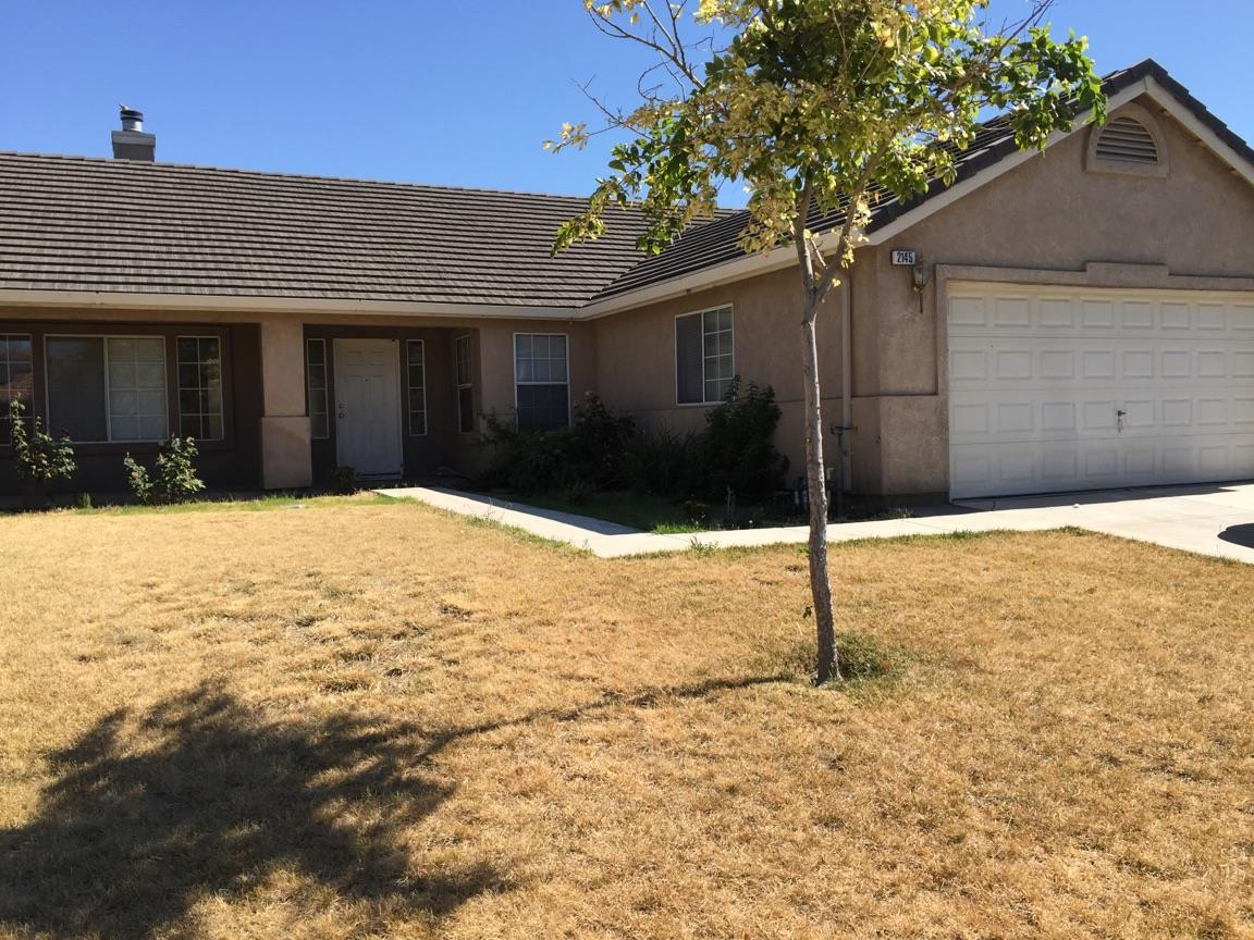 Single Family Home for Sale at 2145 Park Crest Drive Los Banos, California 93635 United States