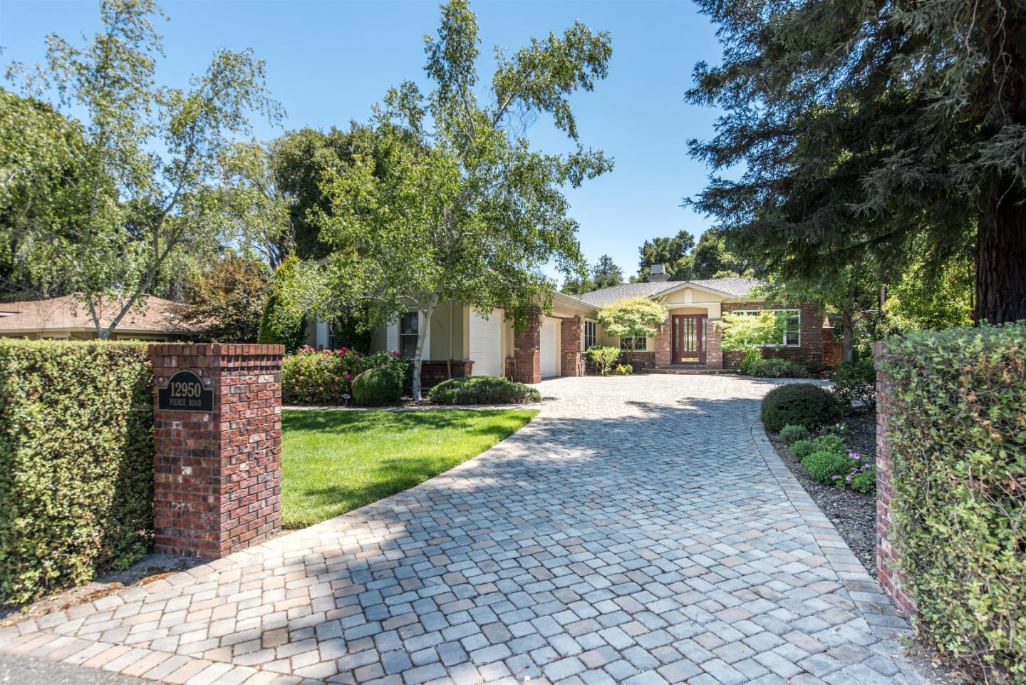 Additional photo for property listing at 12950 PIERCE Road  Saratoga, Californie 95070 États-Unis