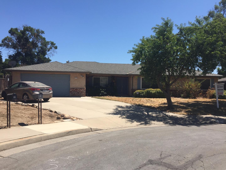 واحد منزل الأسرة للـ Sale في 428 Judy Court Merced, California 95348 United States