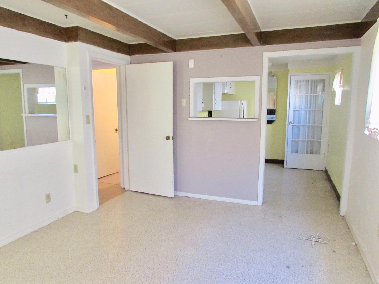 Additional photo for property listing at 428 Day Street  Gonzales, カリフォルニア 93926 アメリカ合衆国
