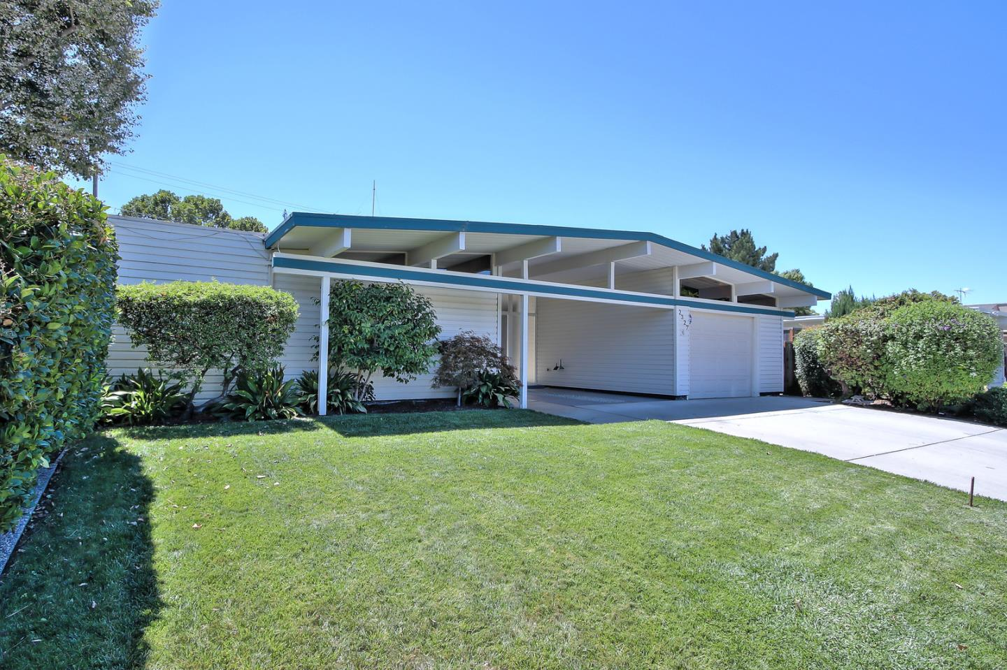 Additional photo for property listing at 2327 Booksin Avenue  San Jose, Californie 95125 États-Unis