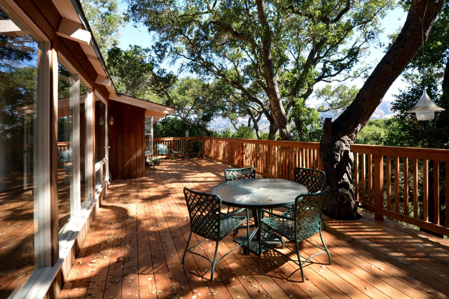 Additional photo for property listing at 2 Cummings Drive  Carmel Valley, California 93924 Estados Unidos