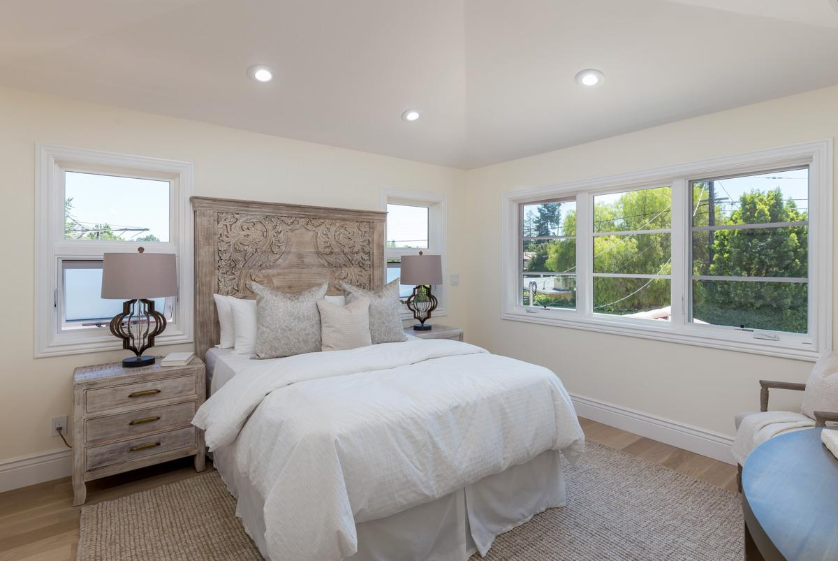 Additional photo for property listing at 3352 Kipling Street  Palo Alto, カリフォルニア 94306 アメリカ合衆国