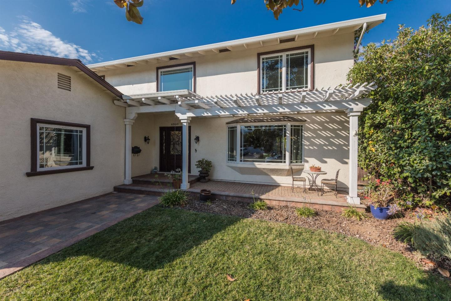 Additional photo for property listing at 6860 Eldridge Drive  San Jose, Калифорния 95120 Соединенные Штаты