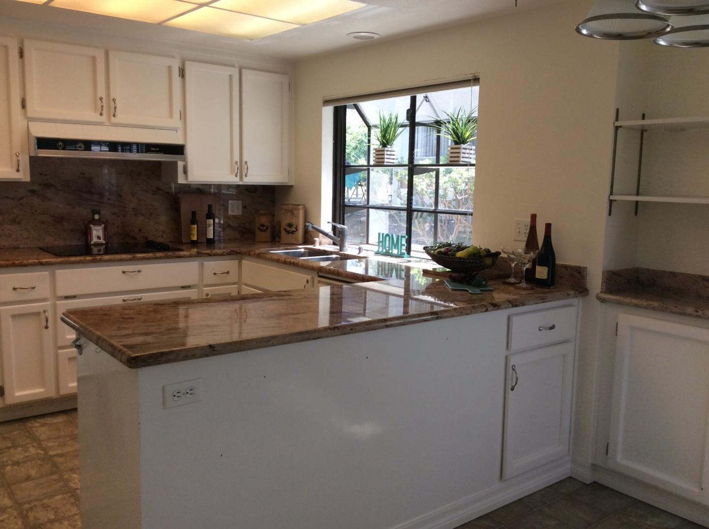 Additional photo for property listing at 8455 Traminer Court  San Jose, Californie 95135 États-Unis