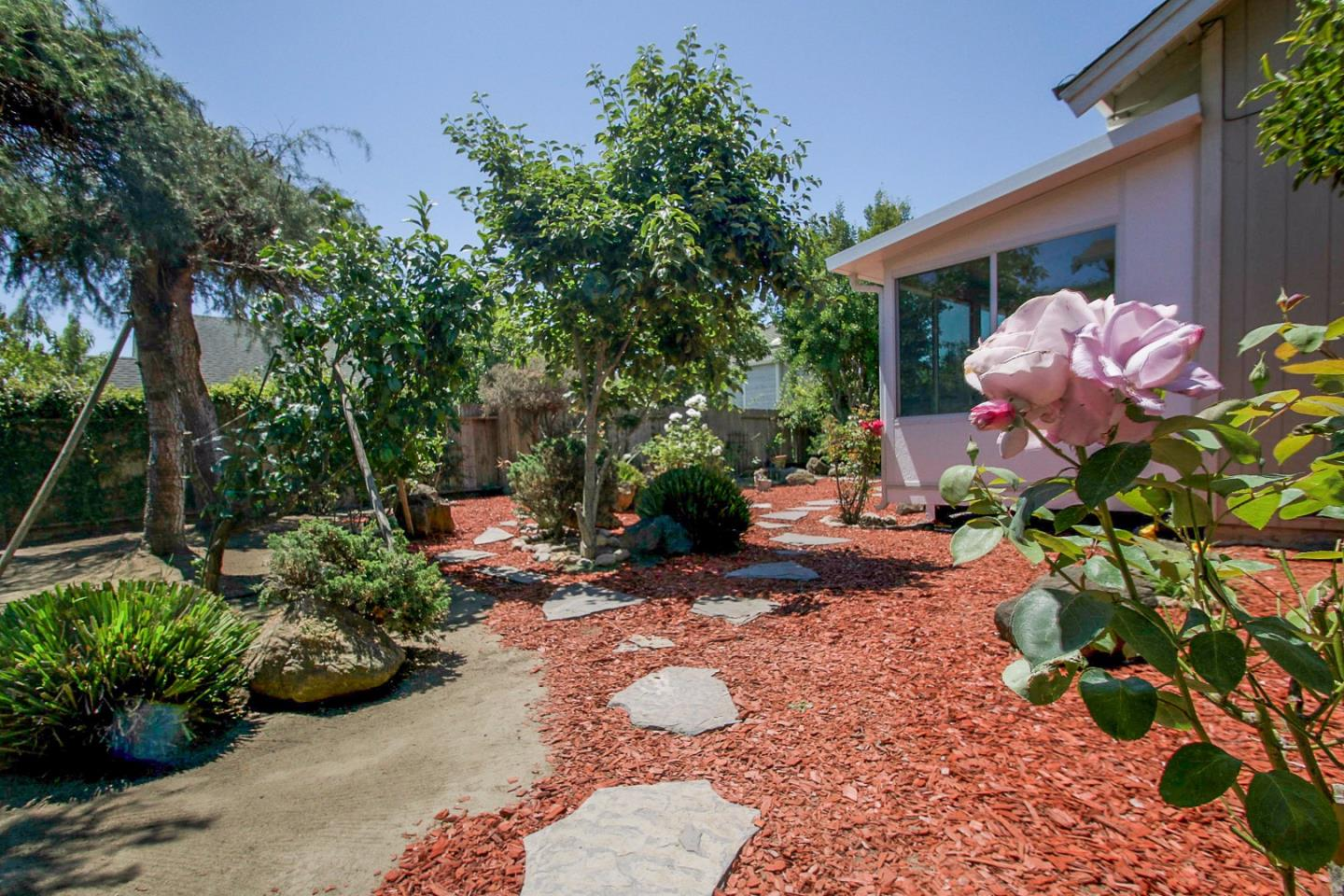 Additional photo for property listing at 357 Arbol Drive  Watsonville, California 95076 United States