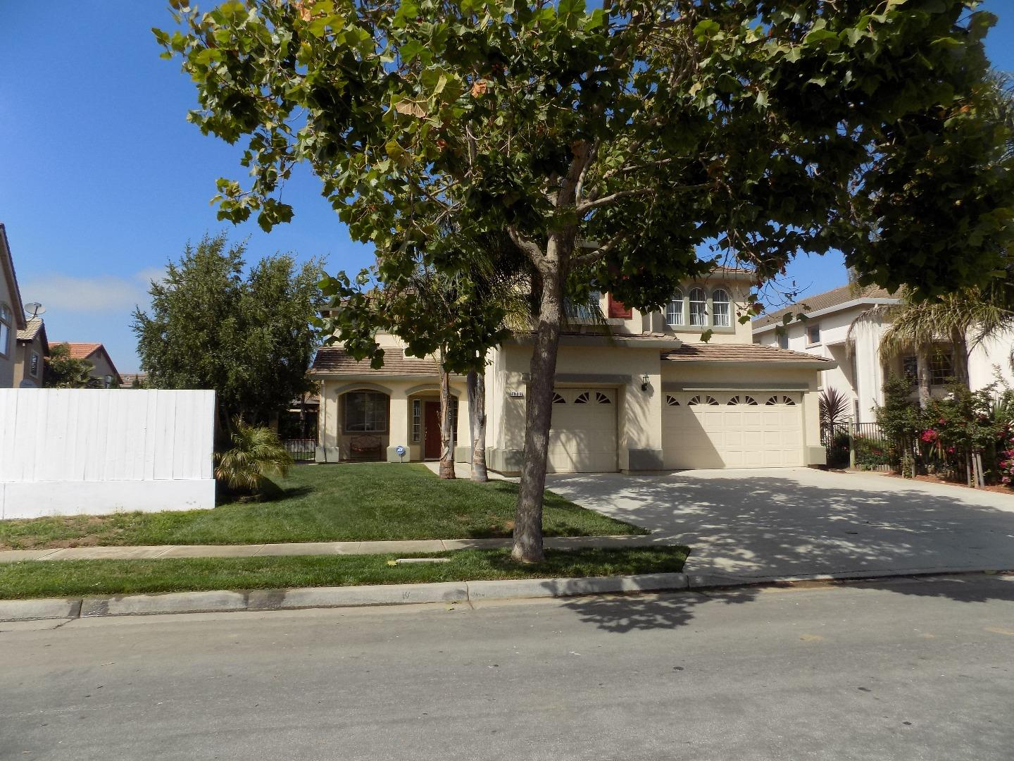 Single Family Home for Sale at 1836 London Way Salinas, California 93906 United States