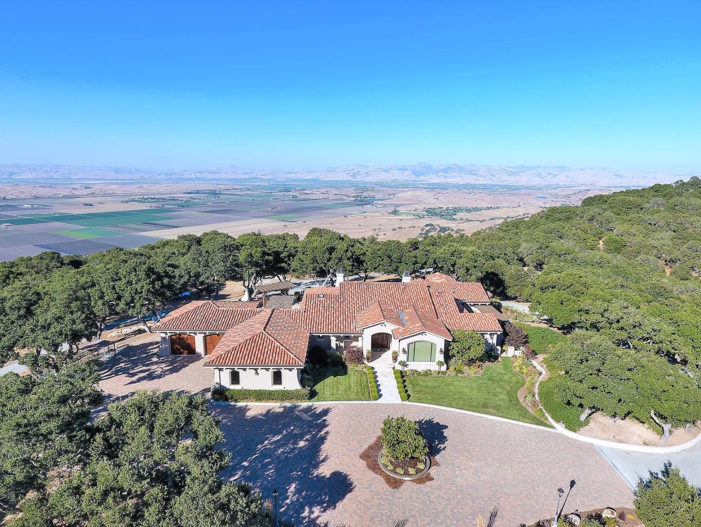 Einfamilienhaus für Verkauf beim 3000 San Juan Canyon Road San Juan Bautista, Kalifornien 95045 Vereinigte Staaten