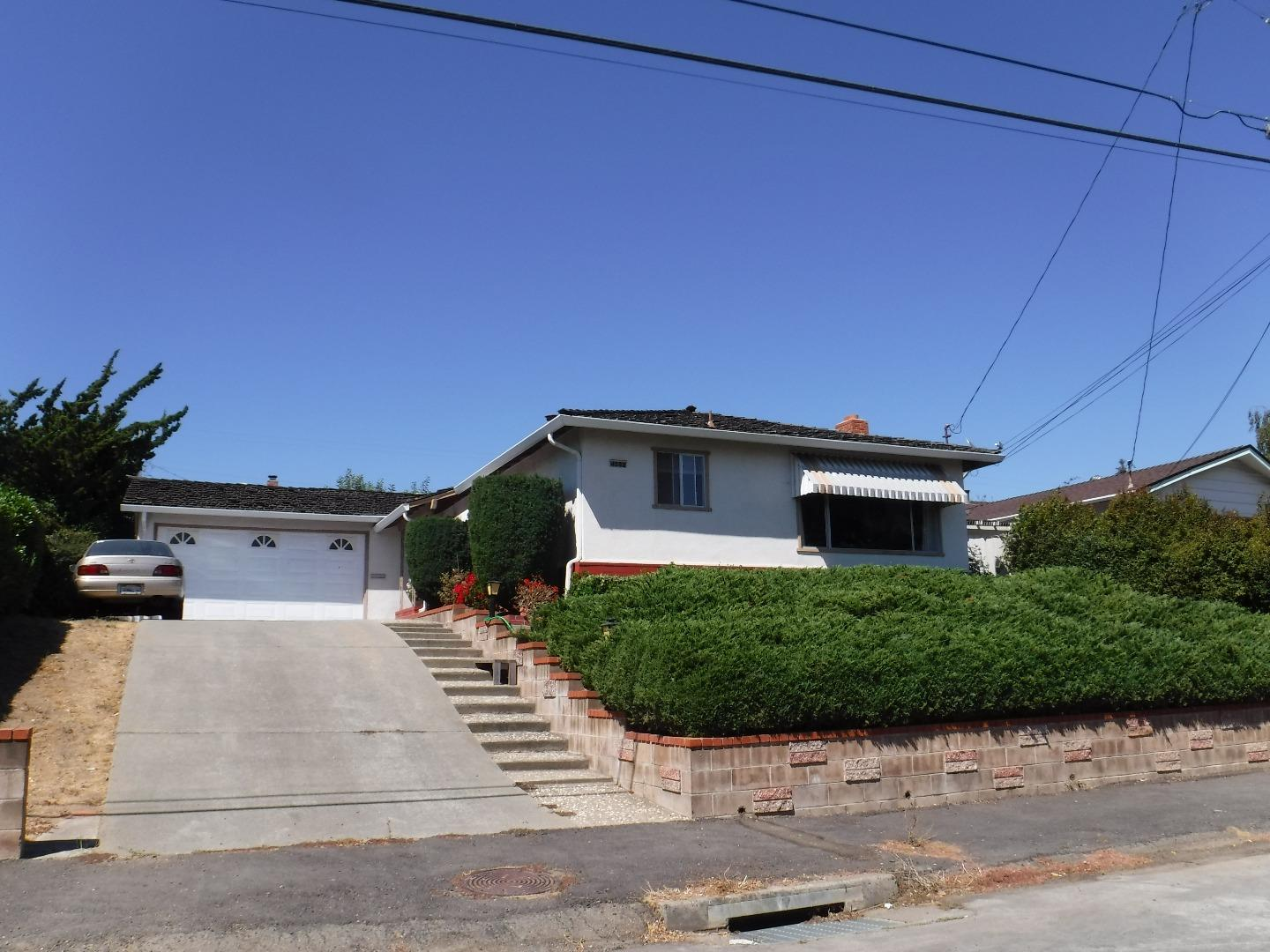 Single Family Home for Sale at 4522 Edwards Lane 4522 Edwards Lane Castro Valley, California 94546 United States