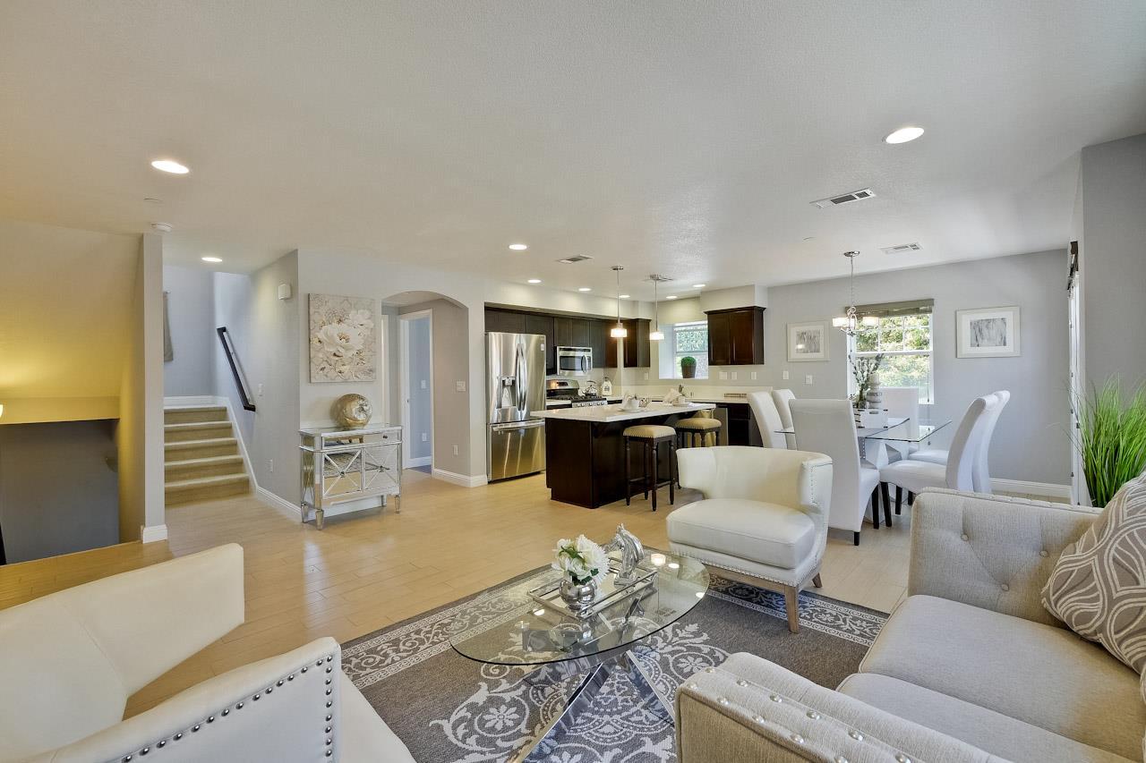 402 San Clemente Terrace, SUNNYVALE, CA 94085