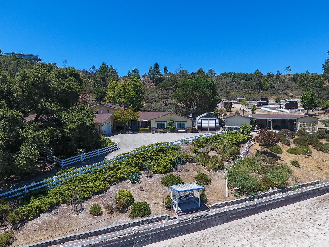 Maison unifamiliale pour l Vente à 600 Mcenery Road 600 Mcenery Road Felton, Californie 95018 États-Unis