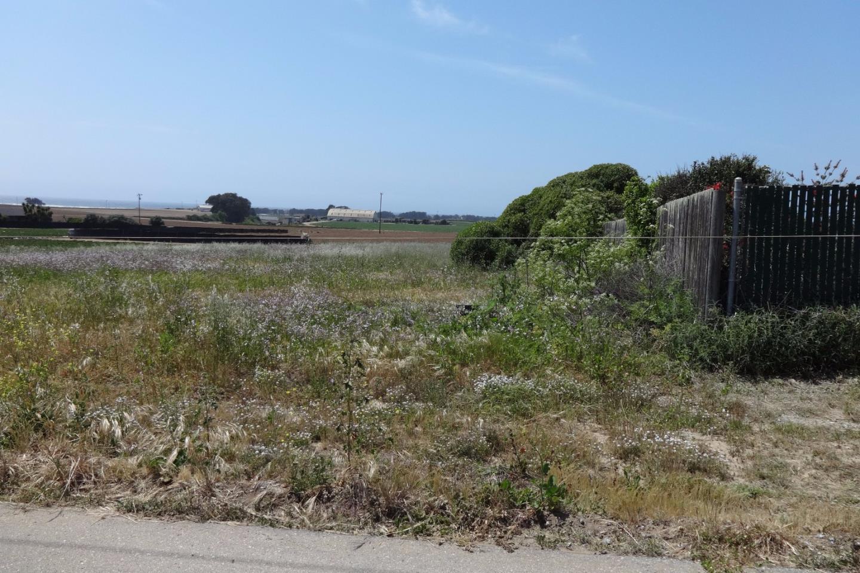 أراضي للـ Sale في Bluff Road Bluff Road Moss Landing, California 95039 United States