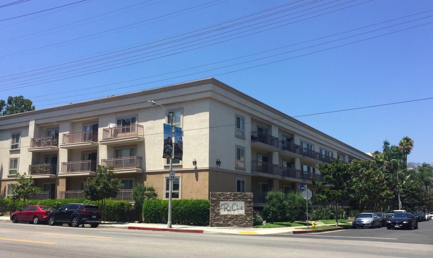 Condominio por un Venta en 141 S Clark Drive West Hollywood, California 90048 Estados Unidos