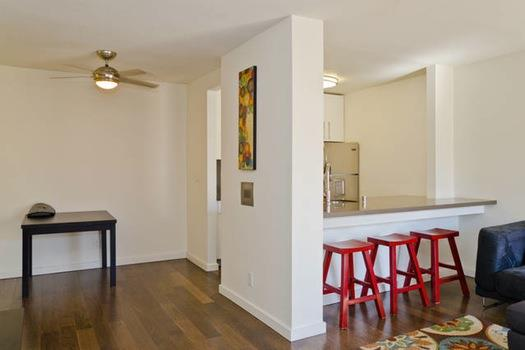 Additional photo for property listing at 141 S Clark Drive 141 S Clark Drive West Hollywood, Kalifornien 90048 Vereinigte Staaten