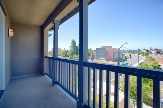 Additional photo for property listing at 493 Mitchell Avenue  Alameda, カリフォルニア 94501 アメリカ合衆国