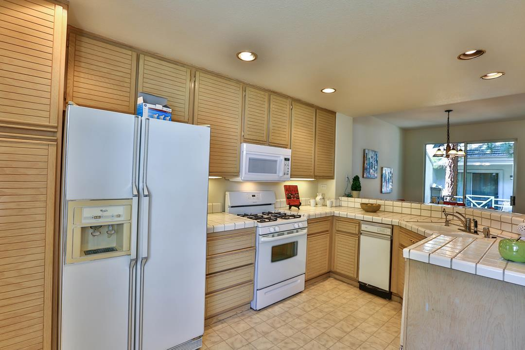 Additional photo for property listing at 420 Milan Drive  San Jose, Kalifornien 95134 Vereinigte Staaten