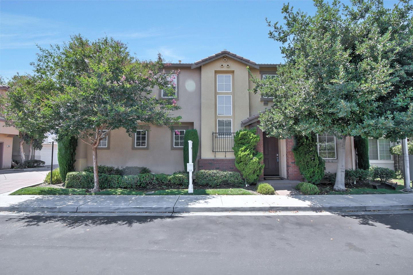 Additional photo for property listing at 4560 Cheeney Street  Santa Clara, California 95054 United States