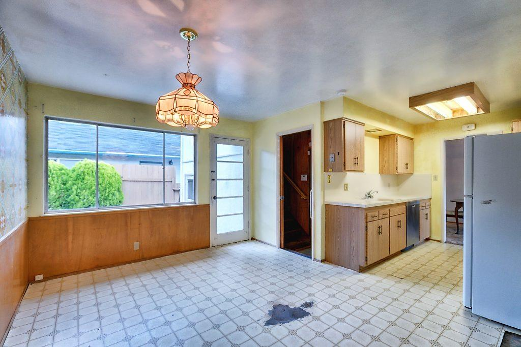 Additional photo for property listing at 451 Madison Avenue  San Bruno, Kalifornien 94066 Vereinigte Staaten