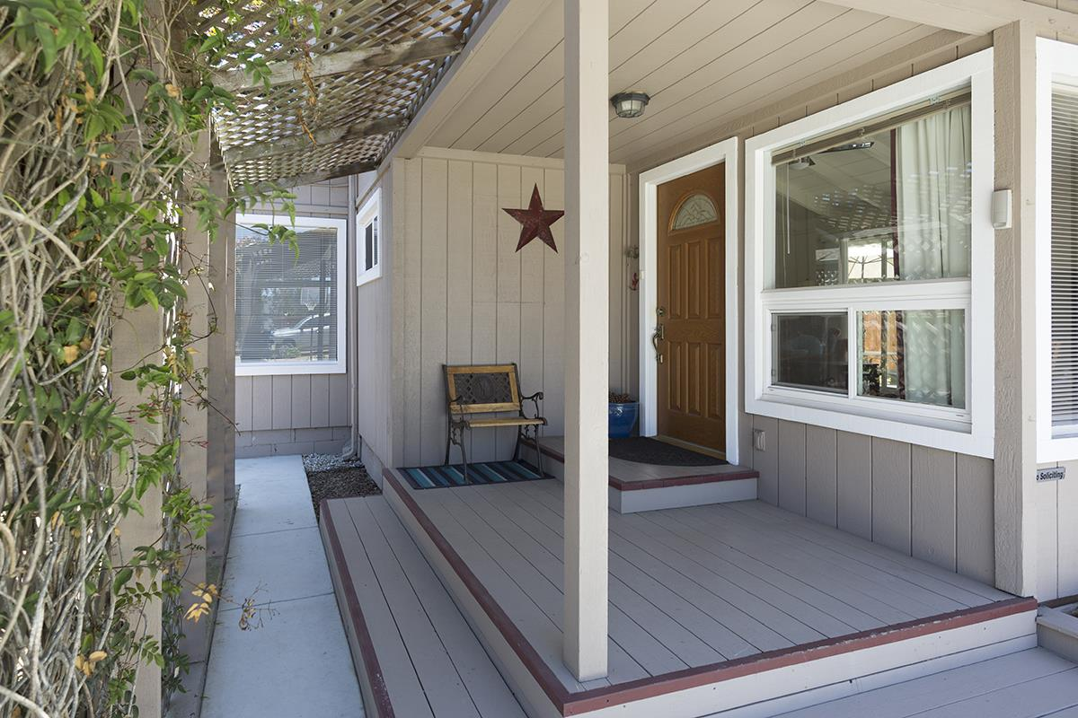 Additional photo for property listing at 1514 Hilby Avenue  Seaside, Kalifornien 93955 Vereinigte Staaten